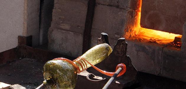 صورة صناعة الزجاج