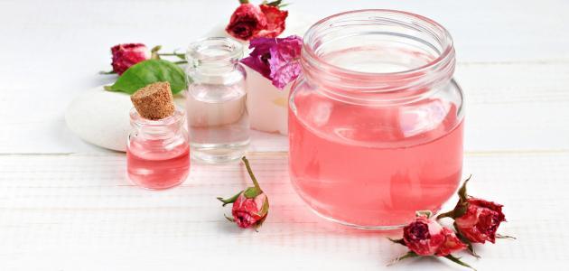 صورة ماسك ماء الورد للوجه