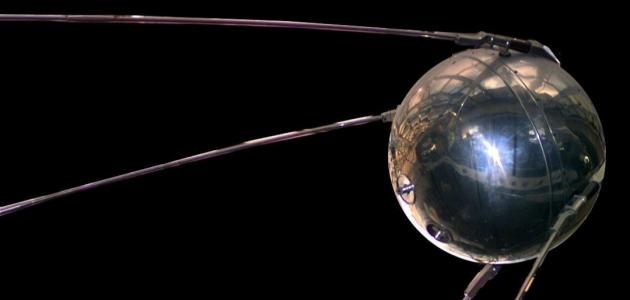 صورة جديد أول قمر صناعي