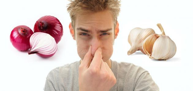 صورة جديد طريقة لإزالة رائحة الثوم من الفم