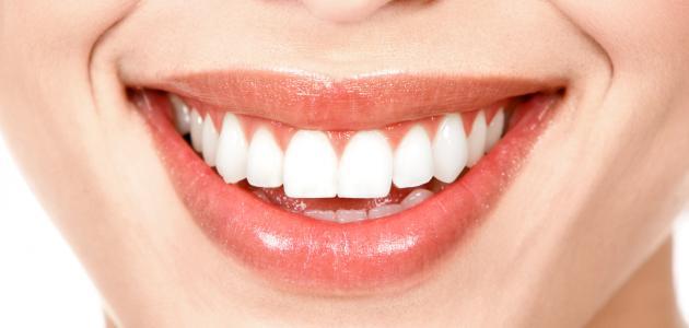 صورة جديد خلطات تبييض الأسنان في المنزل