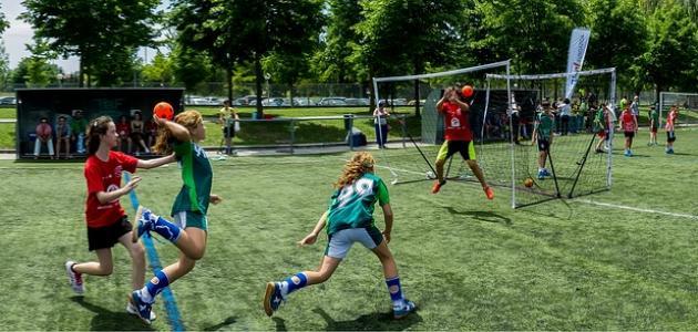 صورة جديد طريقة لعب كرة اليد