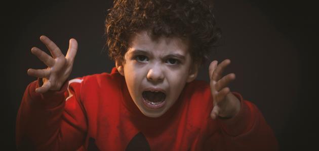 صورة جديد كيف نعالج الطفل العدواني