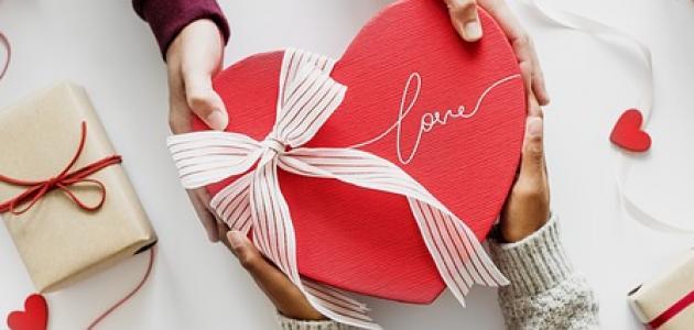 صورة جديد كيفية اختيار هدية للحبيب