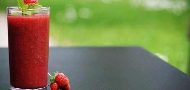 صورة جديد طريقة عمل سموثي فراولة