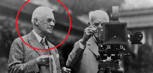صورة جديد من اخترع الكاميرا