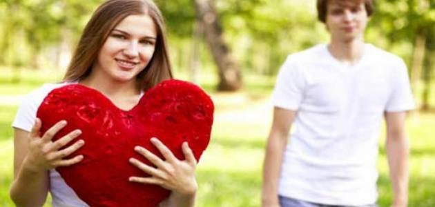 صورة جديد ما علامات الحب الحقيقي عند الرجل