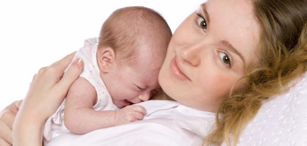 صورة جديد كيف أعرف أن طفلي يرضع جيداً