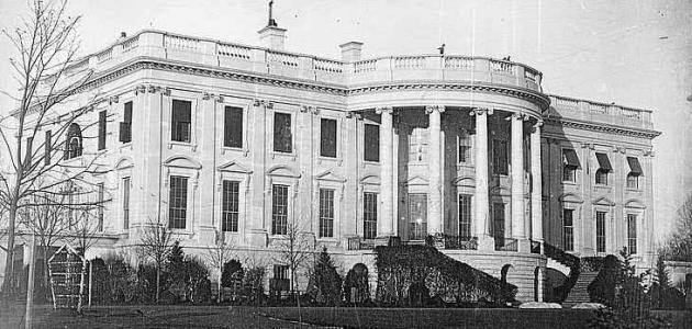 صورة جديد كم عدد غرف البيت الأبيض الأمريكي