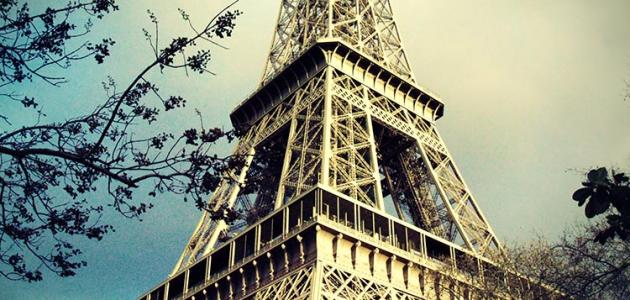 صورة جديد من بنى برج ايفل