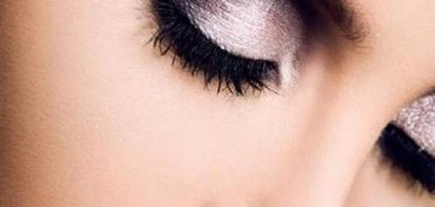 صورة جديد طرق وضع ظلال العيون