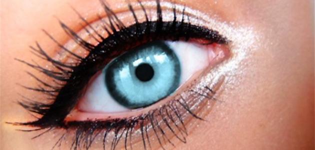 صورة جديد كيف أكبر عيوني بالكحل
