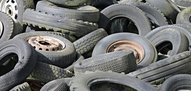 صورة جديد إعادة تدوير عجلات السيارات