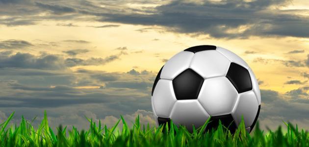 صورة جديد كم يبلغ وزن كرة القدم
