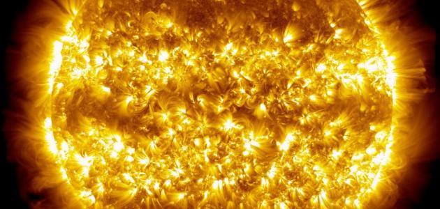 صورة جديد مما تتكون الشمس