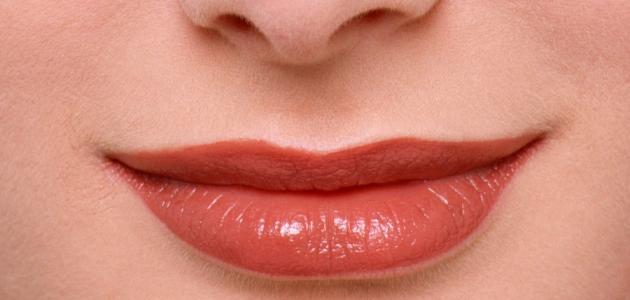 صورة جديد أسباب السواد حول الفم