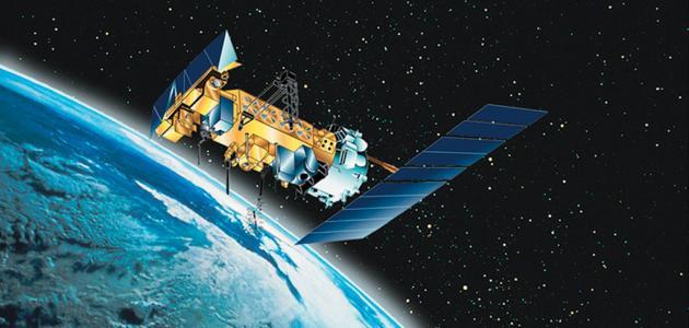 صورة جديد لماذا لا تسقط الأقمار الصناعية