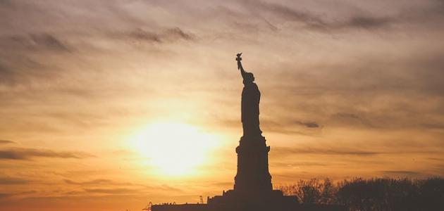 صورة جديد أشهر تماثيل العالم