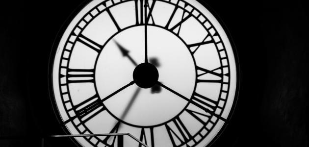 صورة جديد من أول من اخترع الساعة