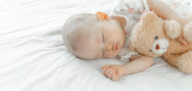 صورة جديد كيف الطفل ينام