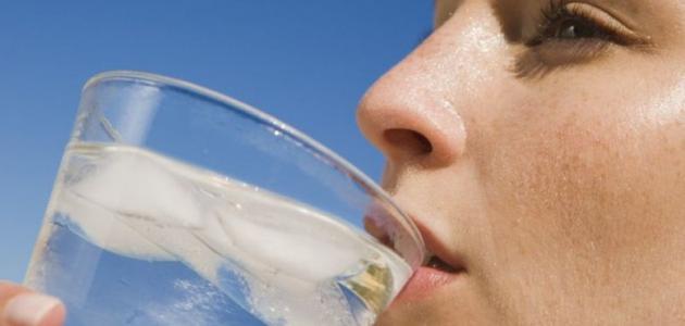 صورة جديد أضرار شرب الماء البارد
