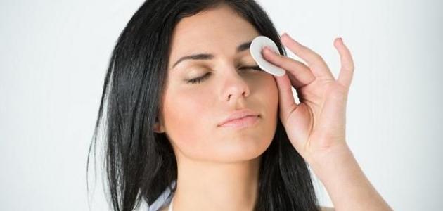 صورة جديد طريقة تنظيف العين