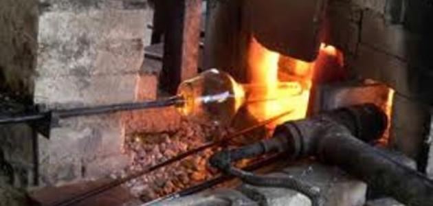 صورة جديد صناعة الزجاج من الرمل