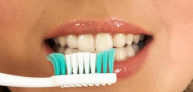 صورة جديد طرق تبييض الأسنان في المنزل