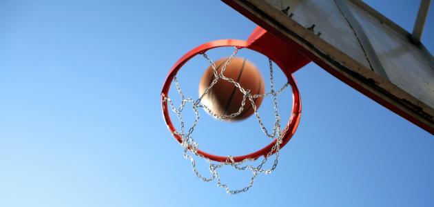 صورة ما هي قوانين كرة السلة