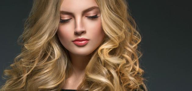 صورة كيفية تخصيل الشعر باللون البلاتيني