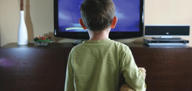 صورة تأثير التلفزيون على الأطفال