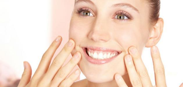 صورة كيفية إزالة التجاعيد حول الفم