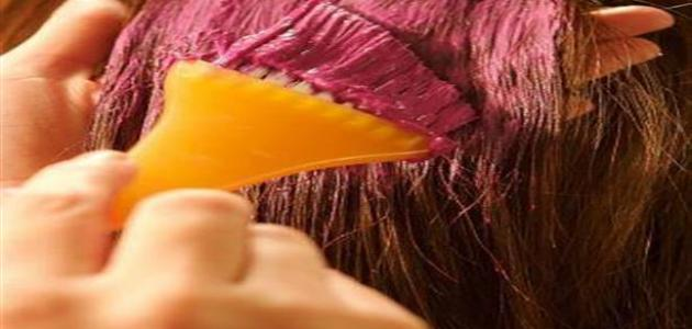 صورة خطوات صبغ الشعر في البيت