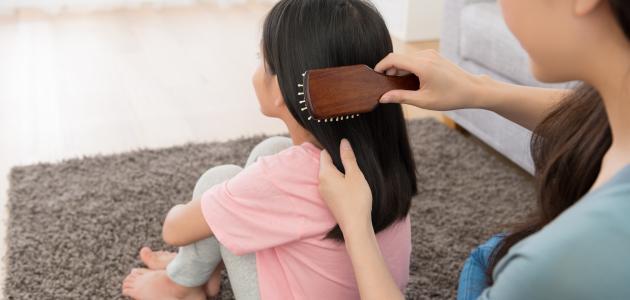 صورة كيفية العناية بالشعر الجاف للأطفال