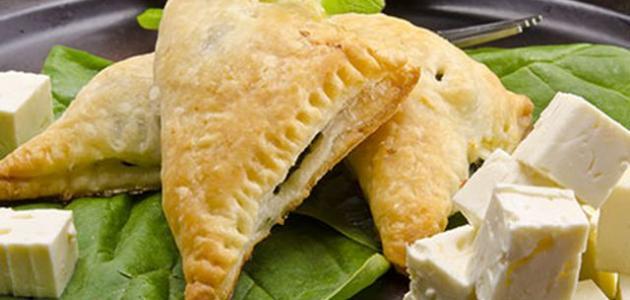 صورة بف باستري بجبنة فيتا مع السبانخ