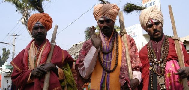 صورة عادات وتقاليد غريبة في الهند