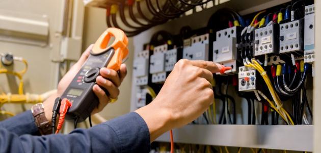 صورة ما هي هندسة الكهرباء