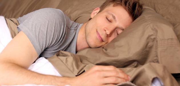 صورة عدد ساعات النوم الصحي للبالغين