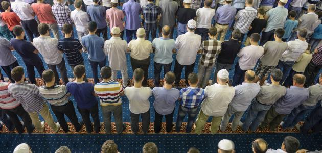 صورة كيفية الإمامة في الصلاة