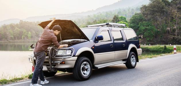صورة كيفية تنظيف مكينة السيارة