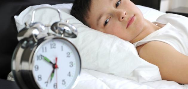 صورة كيف أعود أطفالي على النوم باكراً