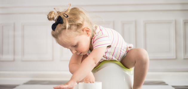 صورة أسهل طريقة لتنظيف الطفل من الحفاظ