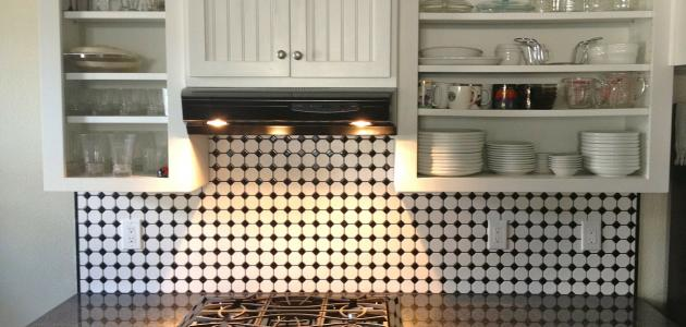 صورة أفكار لخزانات المطبخ