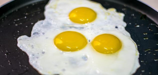 صورة طريقة عمل بيض مقلي لذيذ