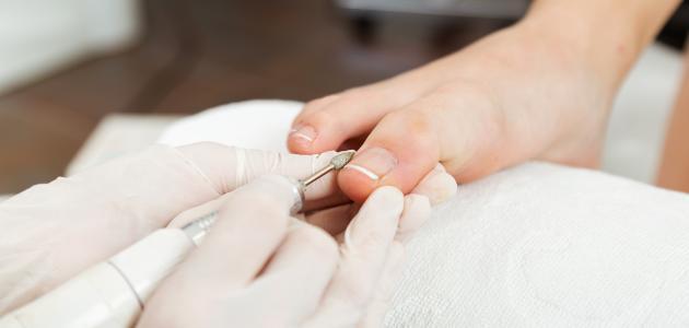 صورة طريقة العناية بأظافر القدمين