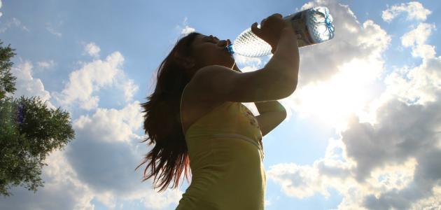 صورة تفسير شرب الماء في المنام