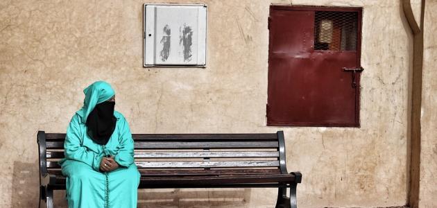 صورة حكم خروج المرأة بعد وفاة زوجها