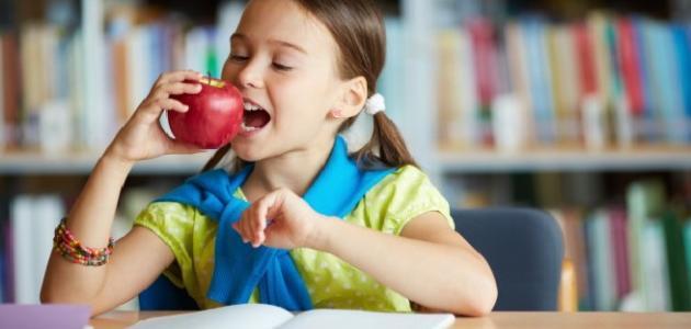 صورة أطعمة تنمي ذكاء الطفل