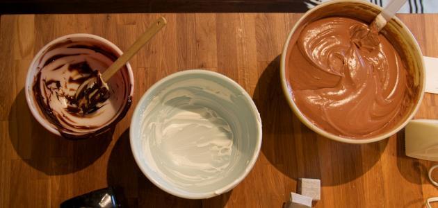 صورة وصفة موس الشوكولاتة والبراونيز – فيديو
