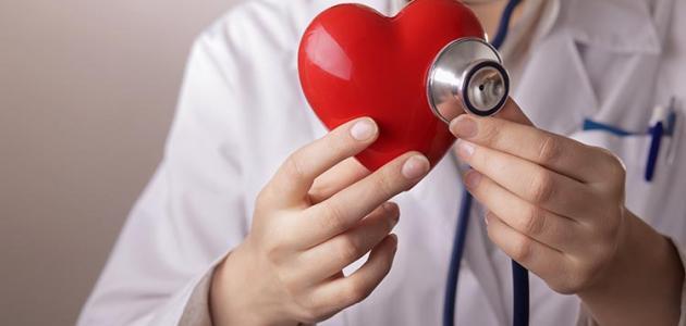 صورة دقات قلب الطفل حديث الولادة